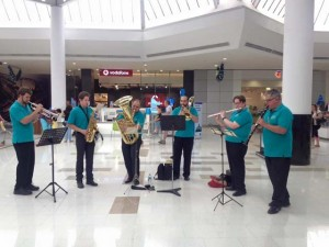Small ensemble at Werribee Plaza for Christmas 2015